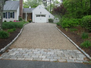 Landscaping design how to install landscaping timbers for Cape cod stone and gravel